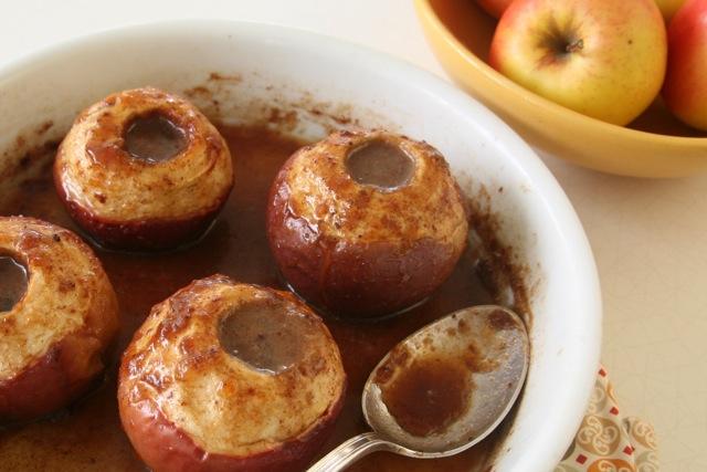 Apples Baked in Cider