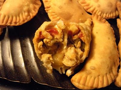 Empanaditas de Polllo (mini chicken empanadas)