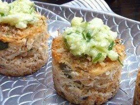 Crabcakes_with_fennel_celery_root_slaw_bestpicnikd