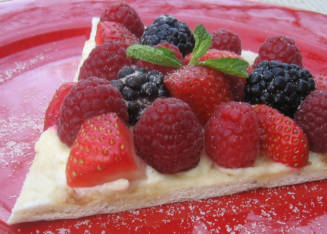 Breakfast Pizza with Fresh Berries and Mascarpone