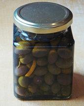 Olives_in_oil