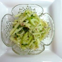 Apple_and_2_celery_salad_picniked