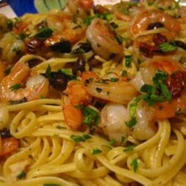 Lemon_pepper_linguine_with_shrimp