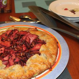 Apple_black_rasberry_and_pecan_crostada_2__resize