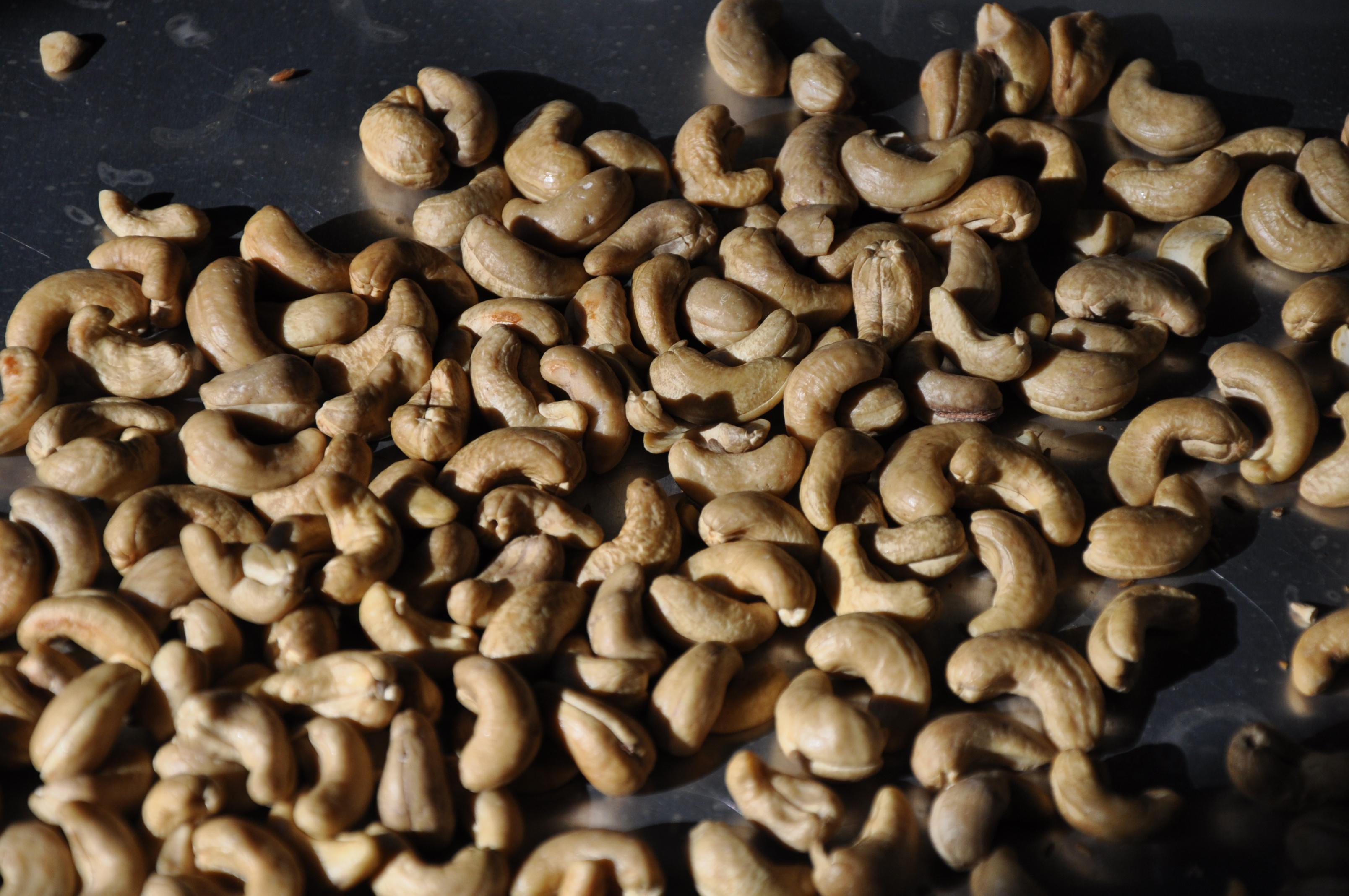 Crispy Savory Spice-Brined Cashews
