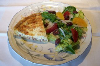 Pancetta_quiche_with_orange_and_olive_salad