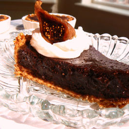 Spicy_fig_chocolate_tart_w_walnut_pretzel_crust