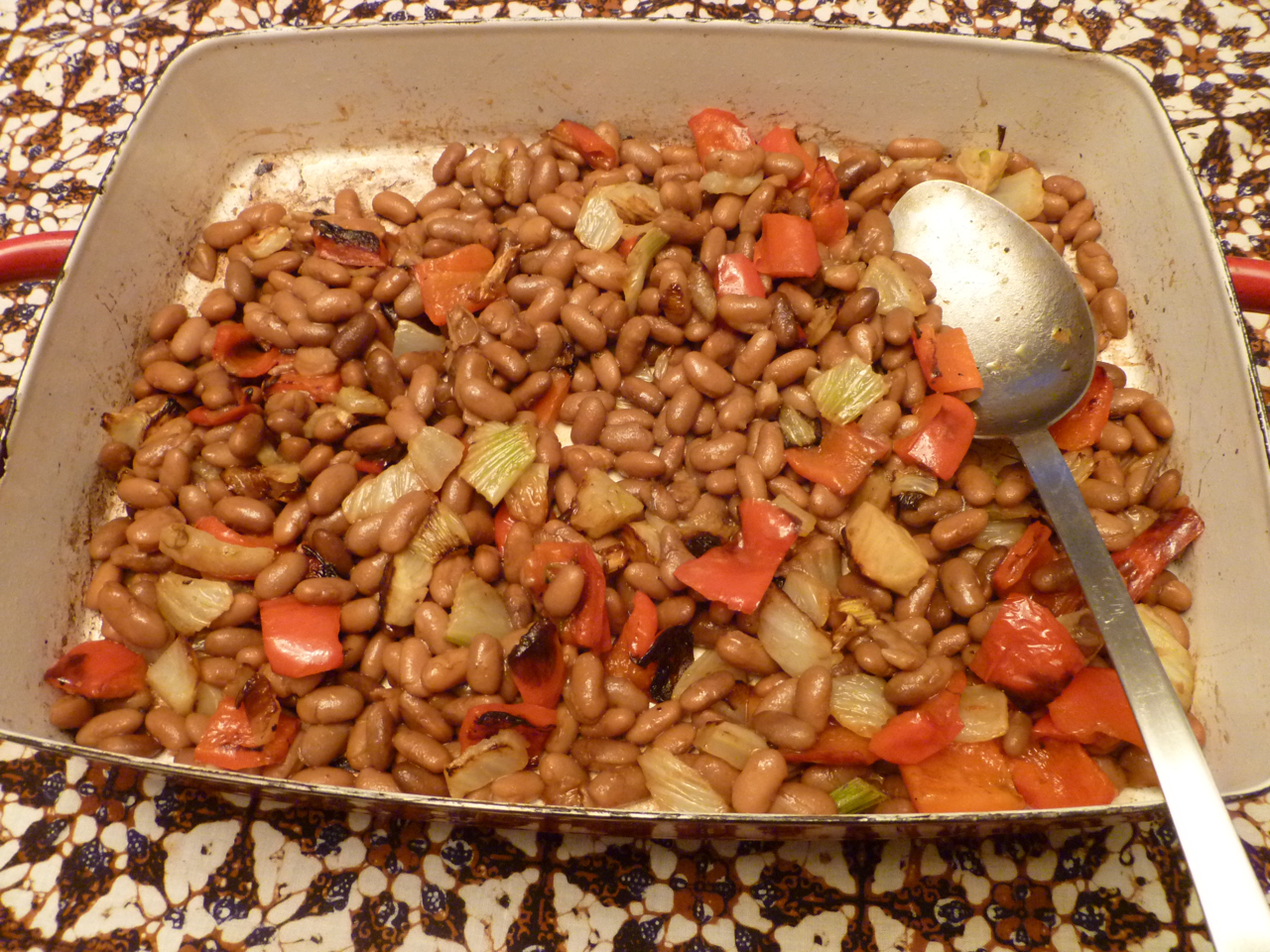 Roasted red peppers and fennel beans