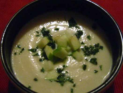 Look Ma No Dairy! - Creamy Parnsnip Soup with Granny Smith Apples (Vegan, Gluten Free)