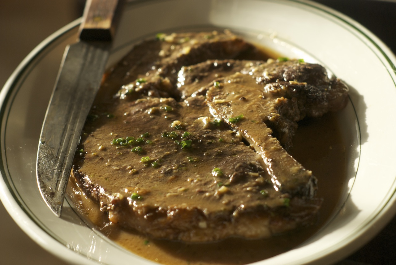 Quick Braised Sirloin with Horseradish Sauce