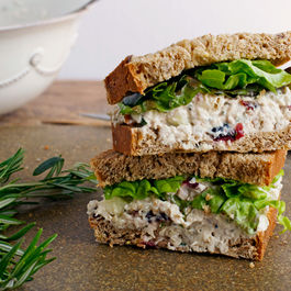 Chicken-salad-sandwich_52