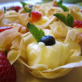 Lemon Cheesecake Phyllo Cups