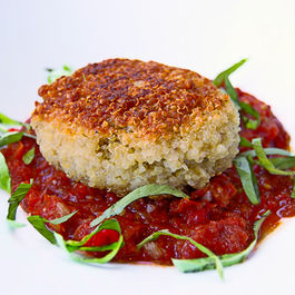 Quinoa-patties-stuffed-with-goat-cheese-mushrooms