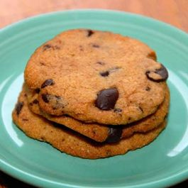 Chocolate-chip-cookies-vegan_-gluten-free