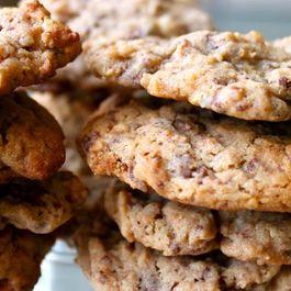 Malt ball pretzel gooey, chewy crunchy cookies