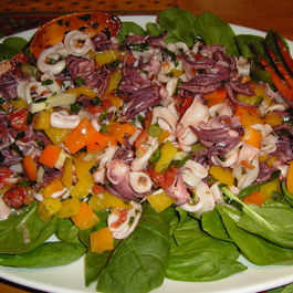 Marinated Squid Salad (Salade Calmars Marinée)
