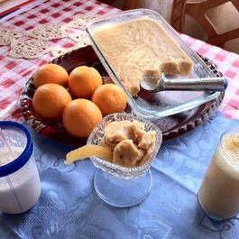 smoothies/ dribk by joanna