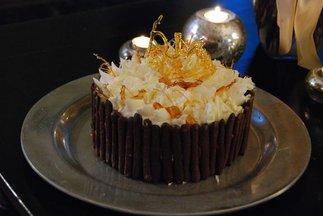 Blackswancake