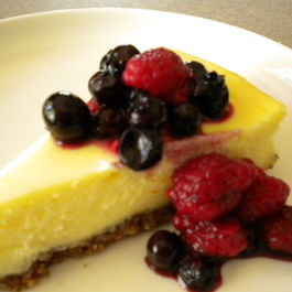 White Chocolate Almond Cheesecake