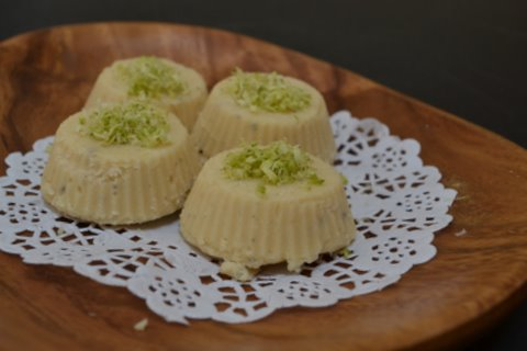Maa Ladoo (Chickpea flour fudge)