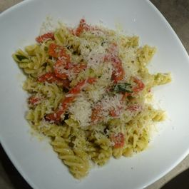 Pepper_and_broccoli_pasta