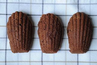 Chocolate_orange_madeleine_cookies