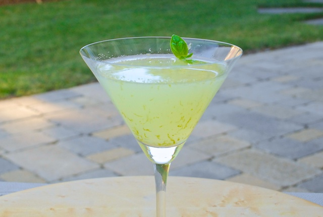 Basil-Vodka Gimlet