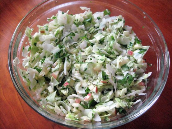 Crisp Coconut Cabbage Salad à la Exki