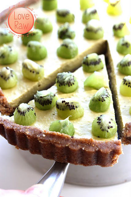 The Enzyme Pie (raw food)