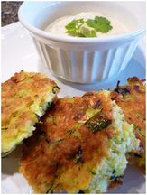 Zucchini_cakes_with_creamy_sauce