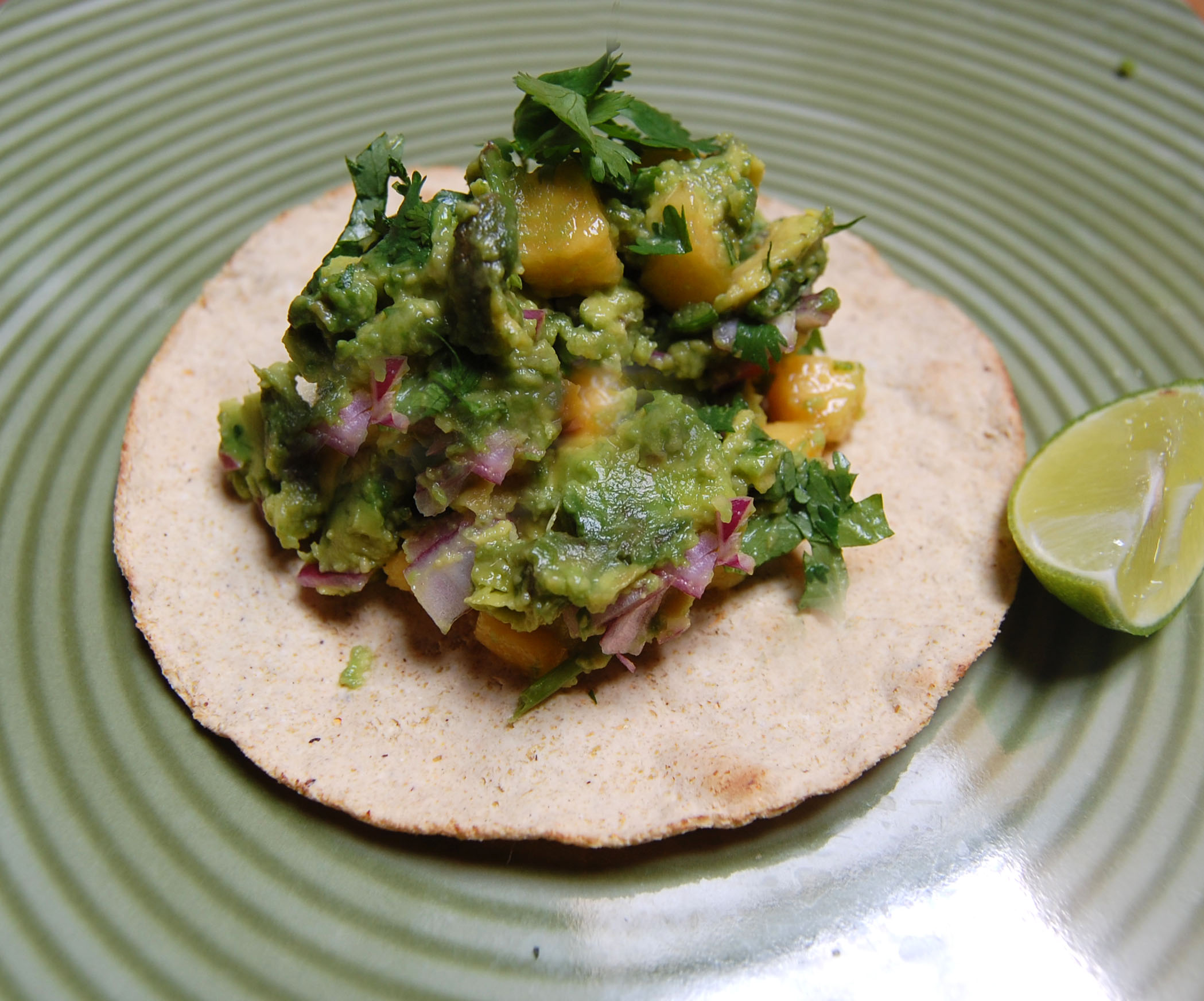 Summery Peach Guacamole
