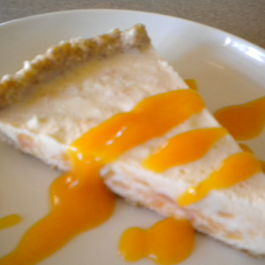 Peachy Cream Cheese Ice Cream Pie