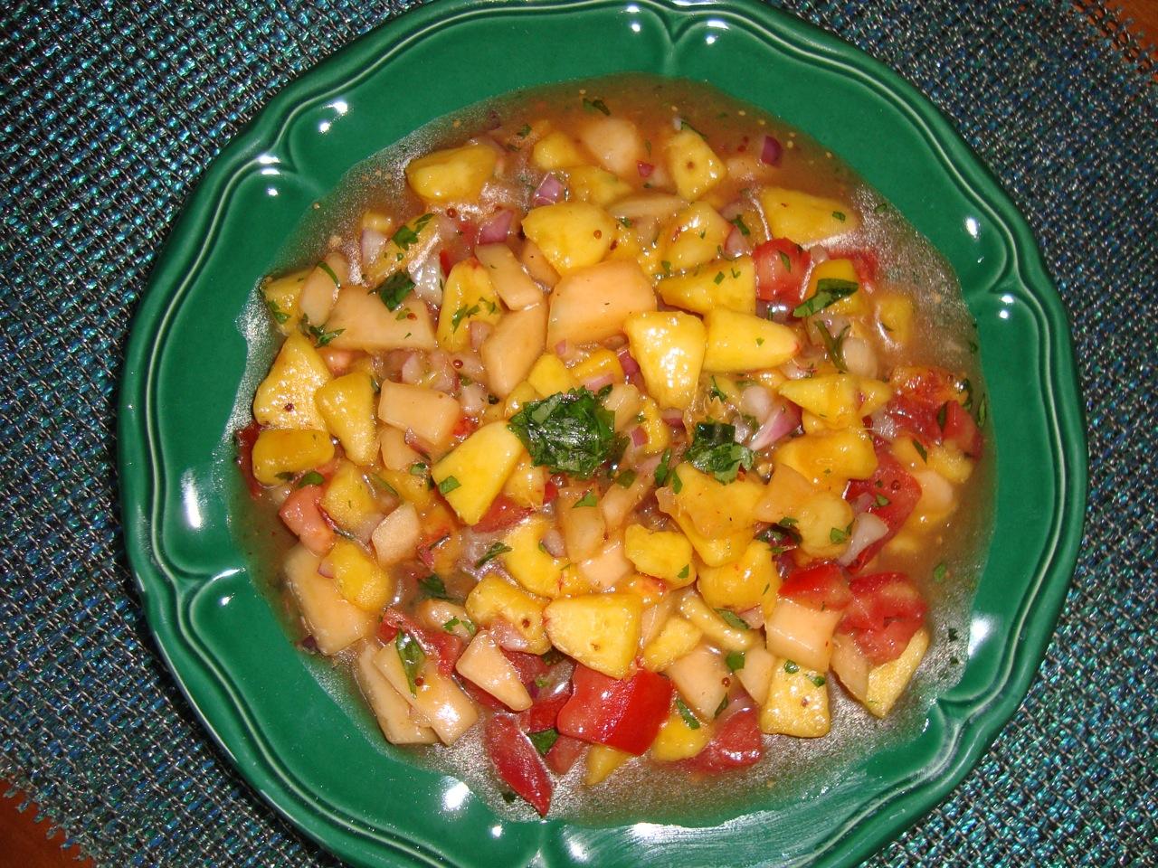 Piquante Peach and Melon Salsa