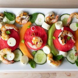 Shrimp_and_melon_salad_v2
