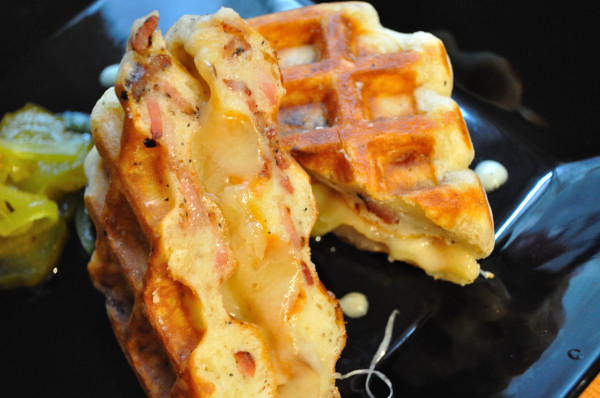 Bacon-Waffle-Grilled-Cheese Sammich