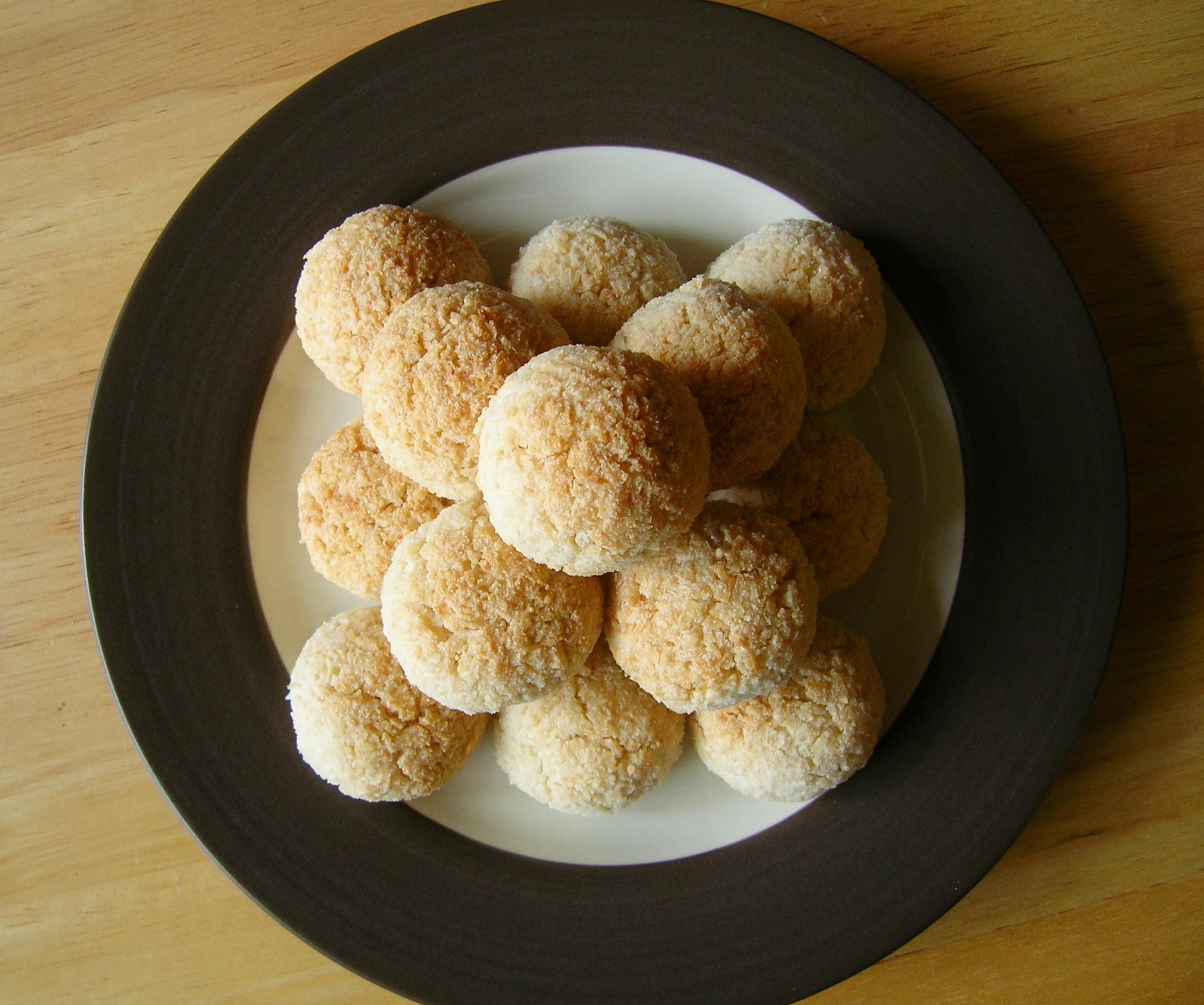 Coconut-Lemon Macaroons