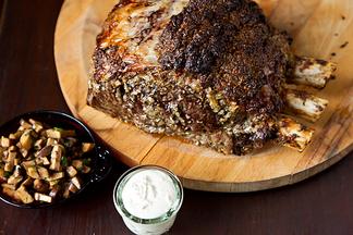 Roasted_prime_rib_with_sauteed_mushrooms_and_mom_s_creamy_horseradish_sauce