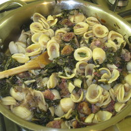 Orrechiette with red Kale and Bacon cubes