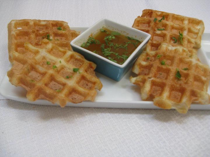 Waffled medu Vada