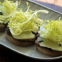 Lemony Mushroom and Frisee Toasts
