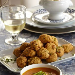 Deep Fried Matzo, Mushrooms and Veggies Balls