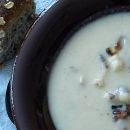 Really_creamy_cauliflower_soup