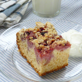 Strawberry Streusel Cake/ lightened up