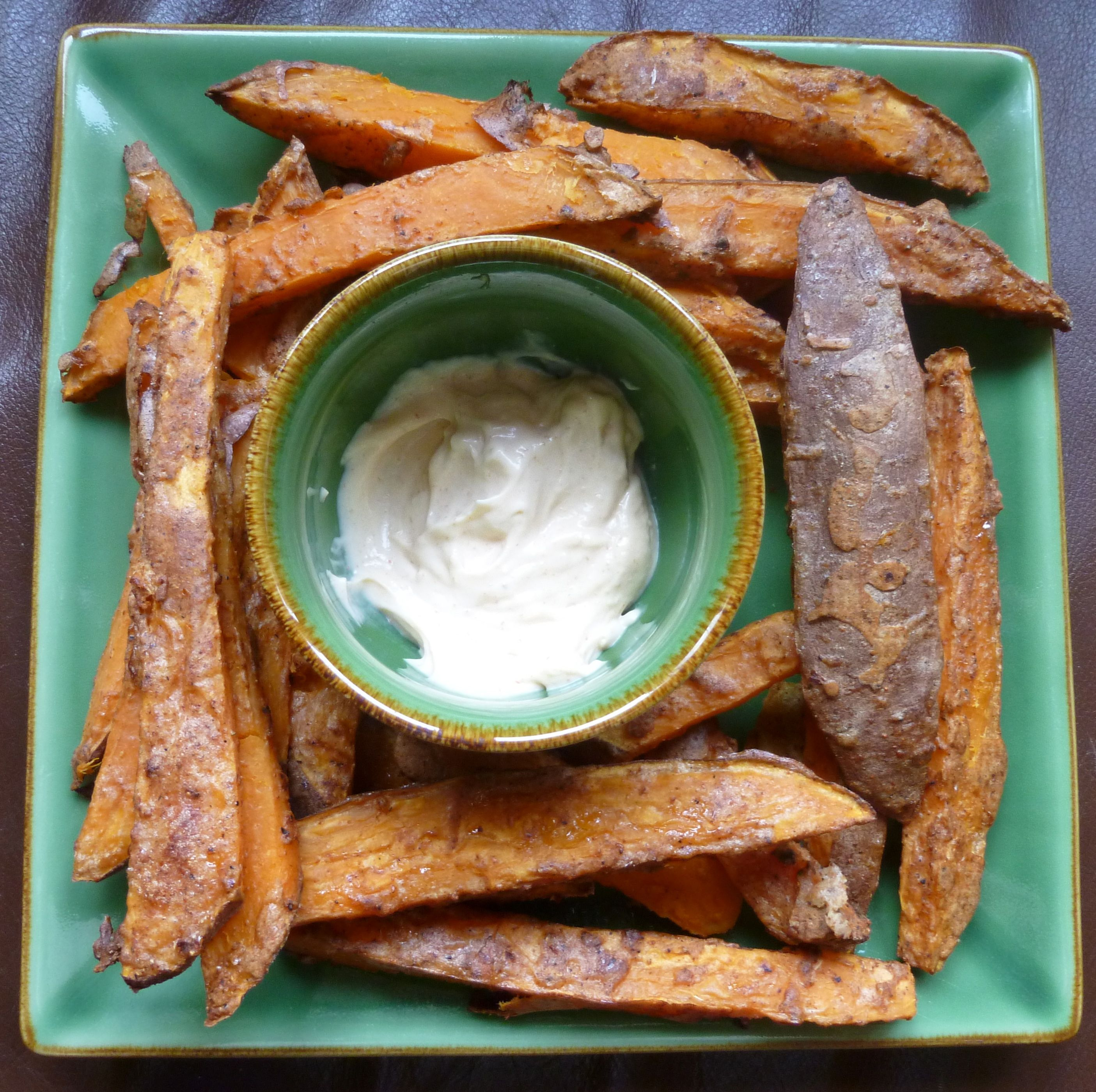 Spicy, crispy, guilt free sweet potato fries and chipotle mayo recipe ...
