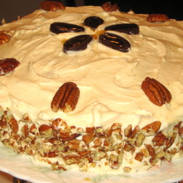 Maple_cake_with_pecan_maple_cream_frosting_whole_3-12-2012