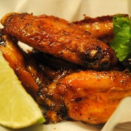 Srircha-hot-wings