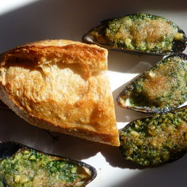 Mussels with Snail Butter ~ Moules a l'Escargot