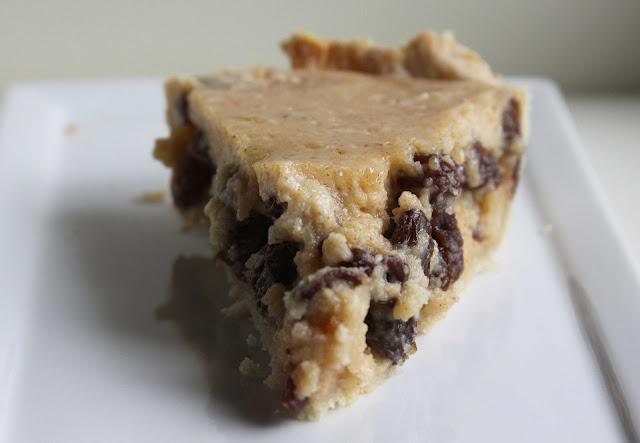 Grandma Jacob's Sour Cream Raisin Pie
