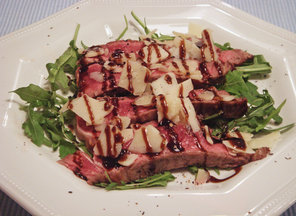 Steak_rucola_and_parmesan