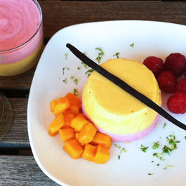 Mango_and_raspberry_mousse_2